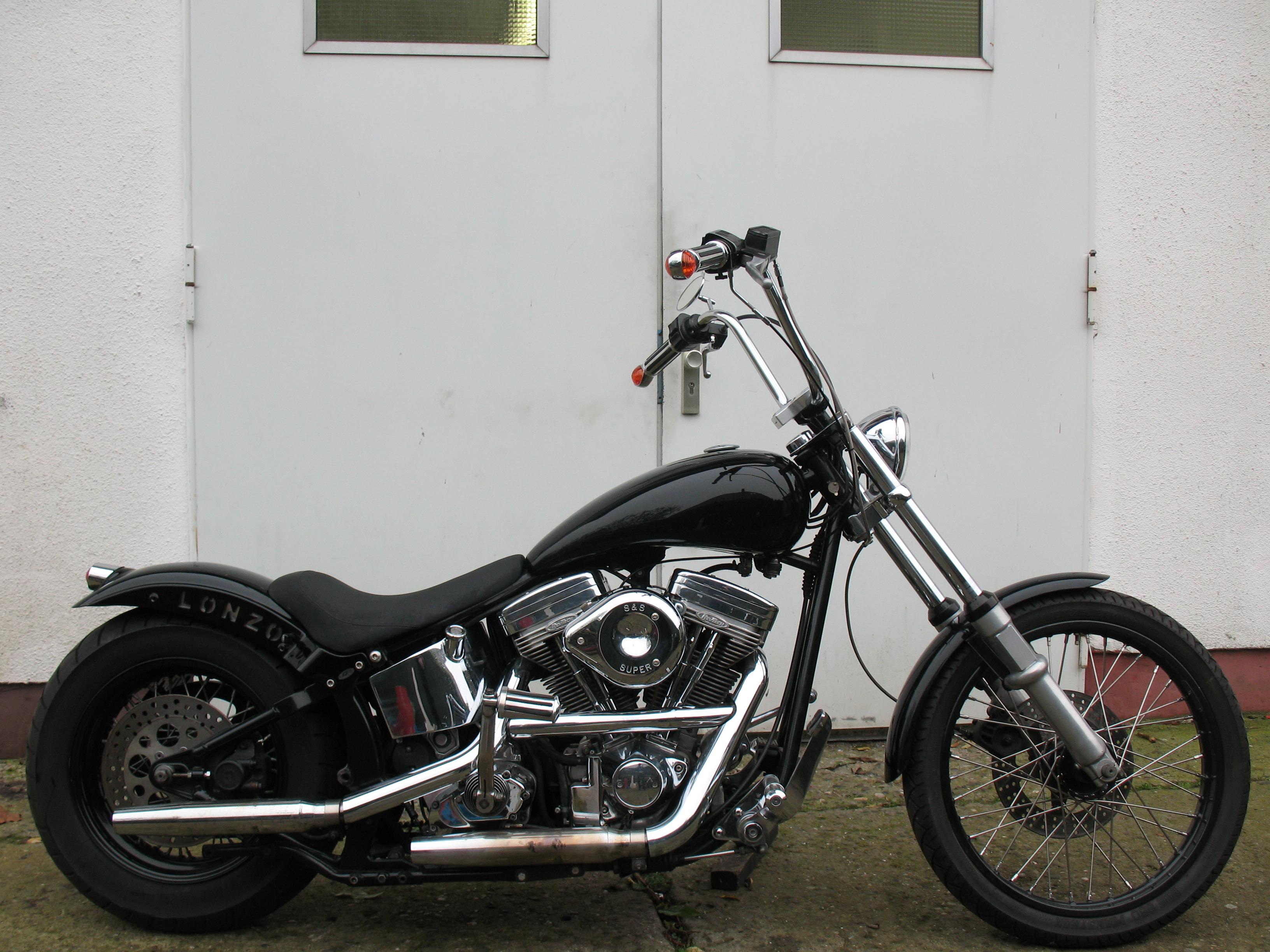 support lonzo v2 motorcycles blog harley davidson. Black Bedroom Furniture Sets. Home Design Ideas